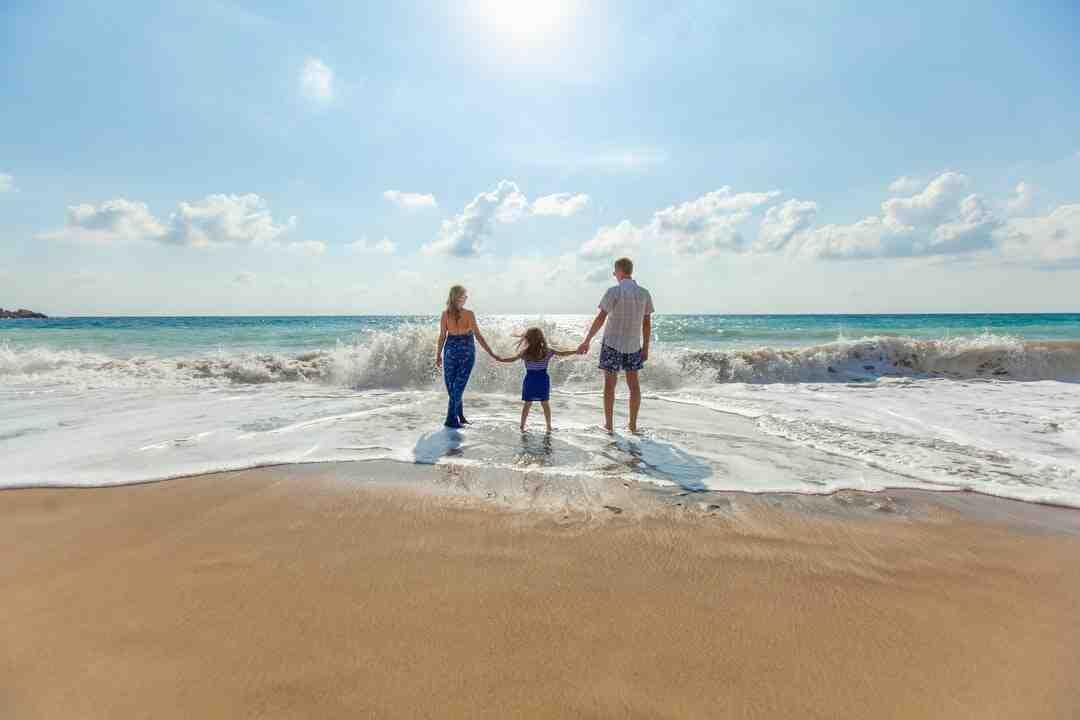 Comment convaincre ses parents de nous laisser partir seul en vacances ?