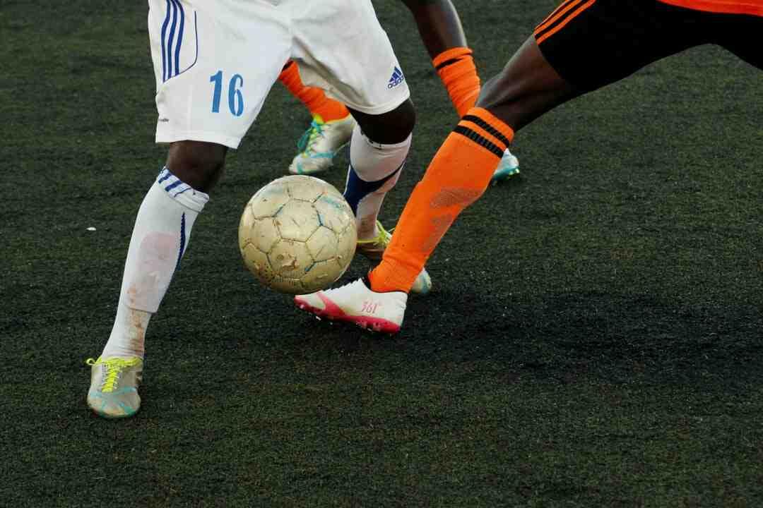 Quel est le record du monde de jongle au foot ?